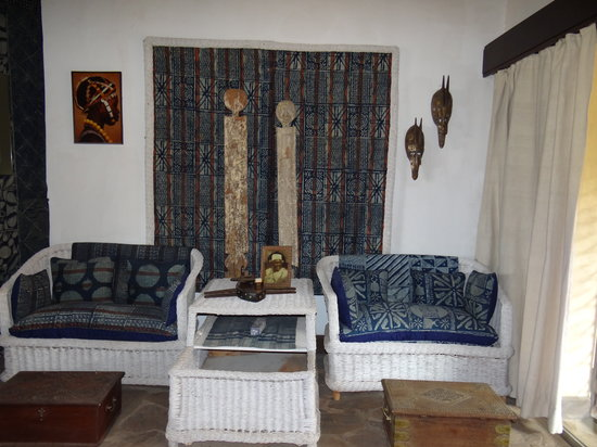 African Heritage House: Another sitting room