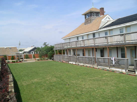 Fire Island Hotel and Resort