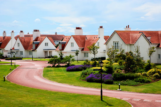 Lands of Turnberry Apartments & Cottages
