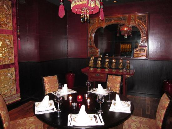 Main dining area picture of buddha bar dubai tripadvisor for Best private dining rooms dubai