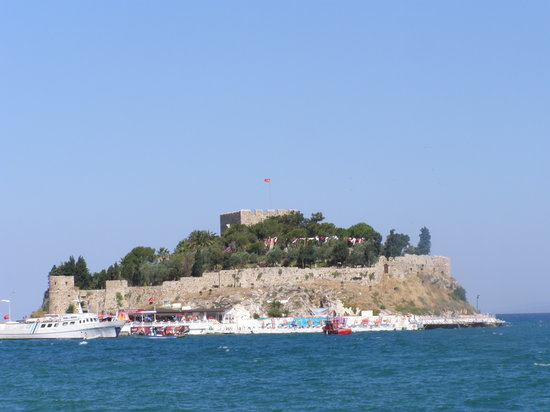 Fortress of Kusadasi - Picture of Kusadasi Castle ...