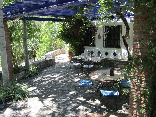 La Cazalla: the patio