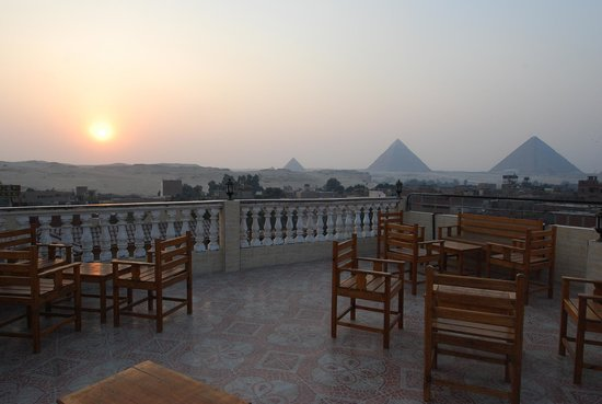 Photo of Pyramids Inn Motel Cairo