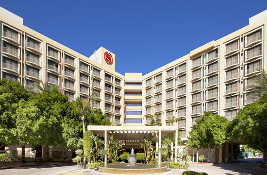 Photo of Sheraton Crescent Hotel Phoenix