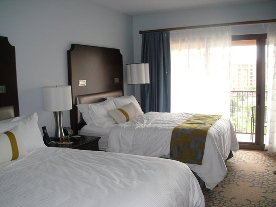 Wyndham Grand Orlando Resort Bonnet Creek: Queens bed with Grand deluxe
