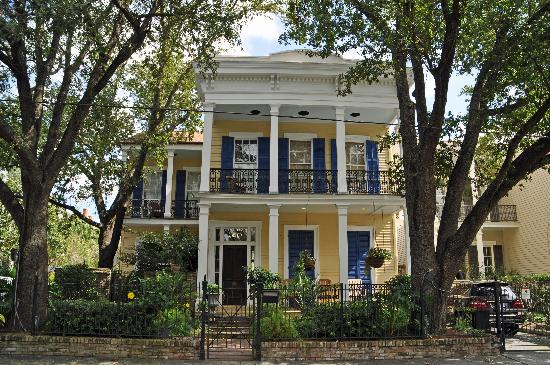 Love These Porches Picture Of Garden District New Orleans Tripadvisor