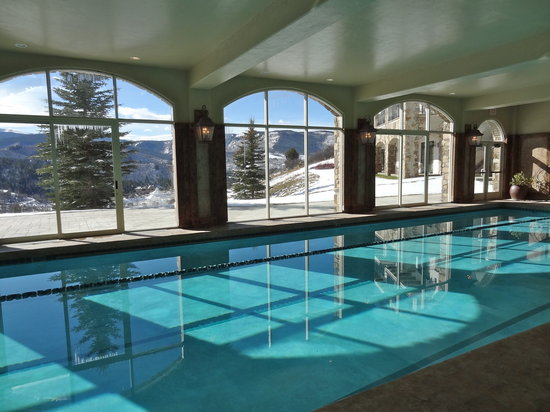 Lodge & Spa at Cordillera: The indoor pool