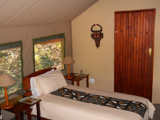 Drifters Game Lodge: room