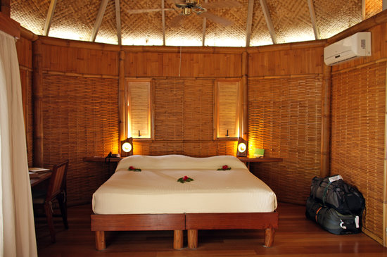 Tikehau Pearl Beach Resort: Beach bungalow room
