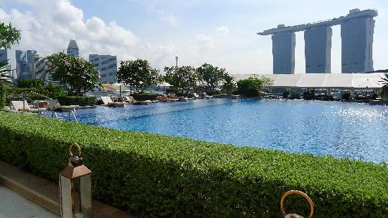 Rooftop Pool Picture Of The Fullerton Bay Hotel Singapore Singapore Tripadvisor