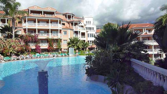 Pestana Village Garden Resort Aparthotel: Miramar Swimming Pool