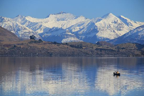 Aspiring Campervan & Holiday Park: Lake Wanaka