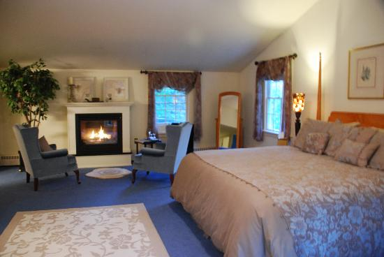 Fox Creek Inn: Honeymoon Suite