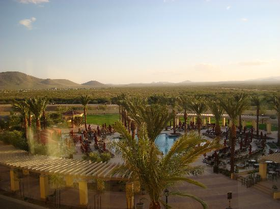 Casino Del Sol Resort: view from our room 3rd floor