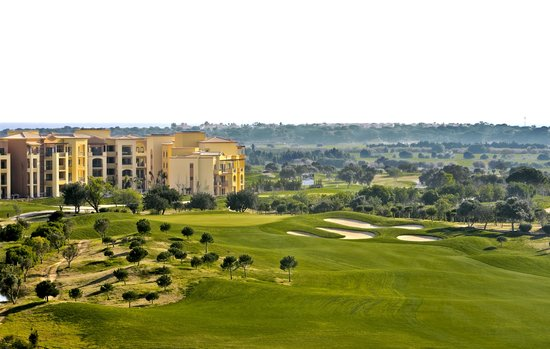 The Residences at Victoria Clube de Golfe