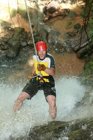 Quepo Canyoning