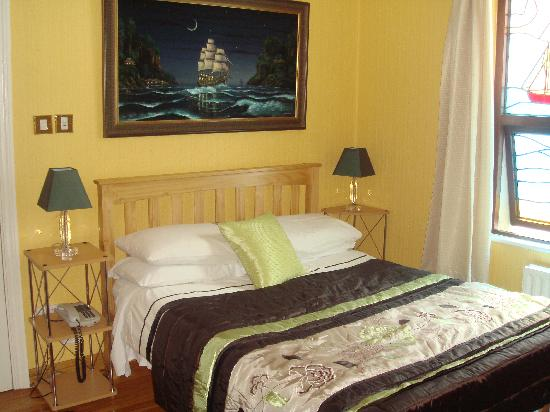 Inishmore Guesthouse: Bedroom