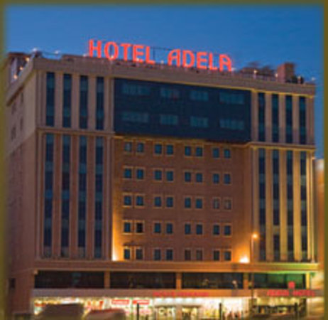 Adela Airport Hotel
