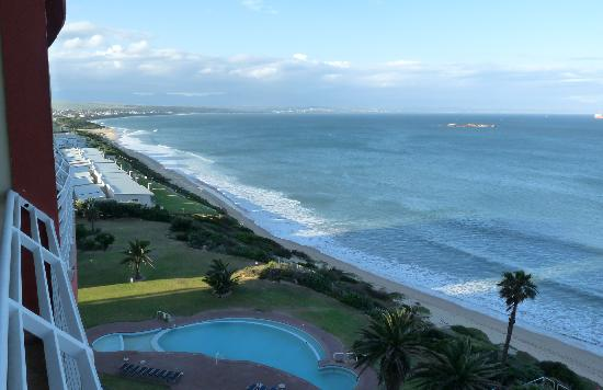 The Hotel Is Right On The Beach Picture Of Diaz Strand Hotel Amp Resort Mossel Bay Tripadvisor