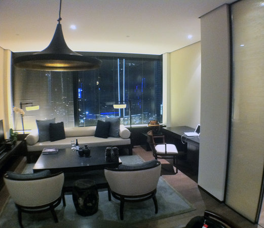 The PuLi Hotel and Spa: spacious rooms
