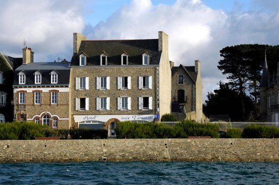 Photo of Hotel aux Tamaris Roscoff