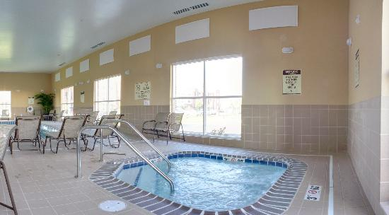 Comfort Suites Champaign Urbana: 24 Hour Hot Tub
