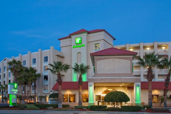Holiday Inn Hotel & Suites Daytona Beach: Night Time picture