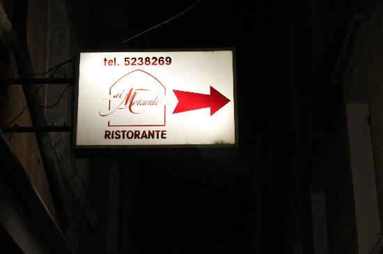 Ca dei Fuseri B&B: restaurant sign detail