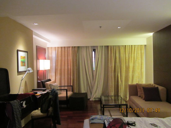 Destination Patong Hotel and Spa: room