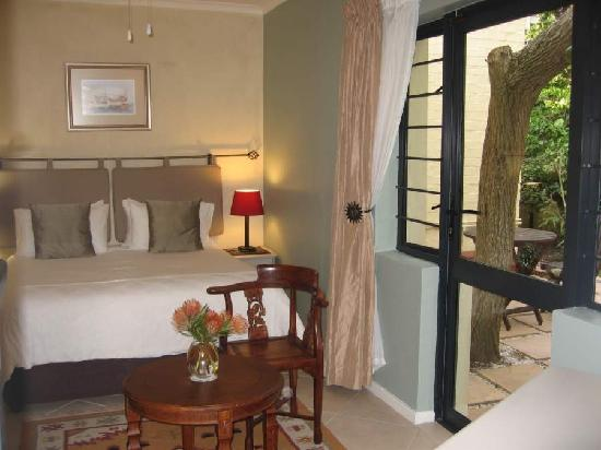 Paradiso Guesthouse & Self Catering Cottage: Standard Bedroom Gesthouse