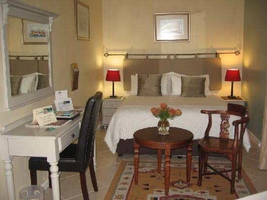 Paradiso Guesthouse & Self Catering Cottage: Standard Bedroom Guesthouse