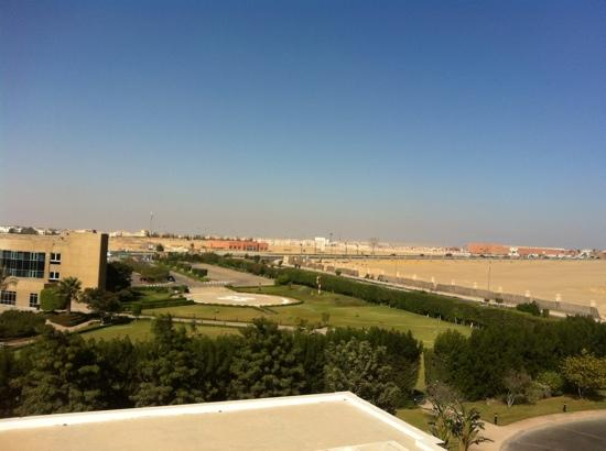 Novotel Cairo 6th Of October: from the room you can see the hospital & the Mall