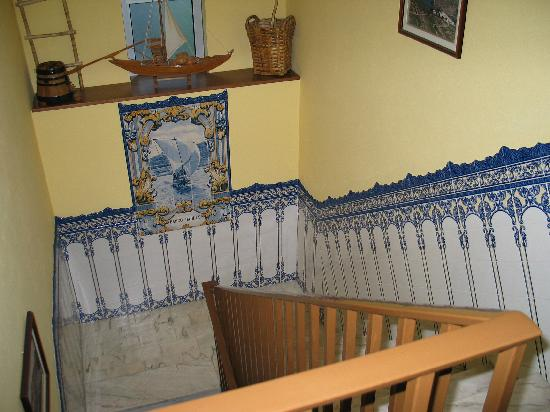 Hotel Douro: staircase inside hotel