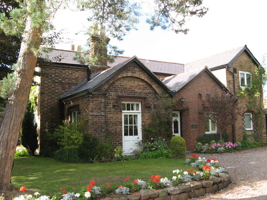 The old school house b b neston cheshire b b reviews for Chesire house