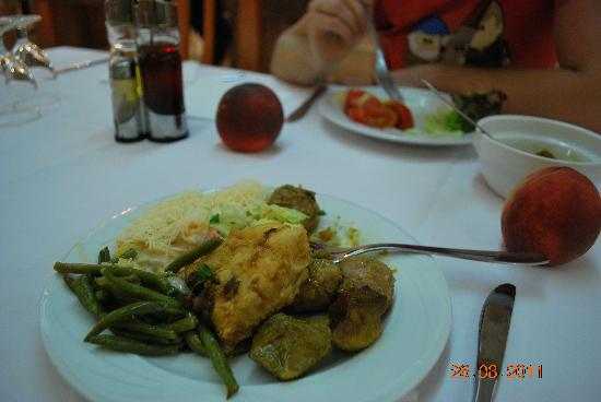 Rosa Nautica Hotel: my choice food :)