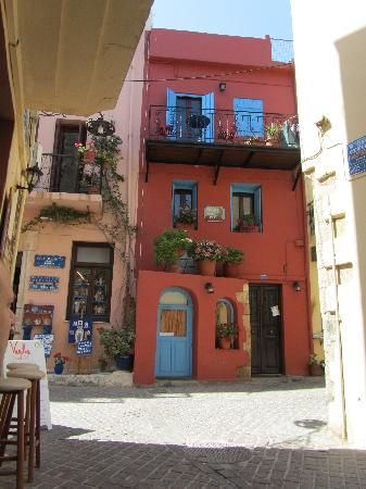 chania chat sites Meet expatriates in cities all over greece find local events for expats in greece join our network of expats in greece  to chat in a friendly and  chania expats.