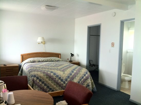 Battle Rock Motel: huge room!