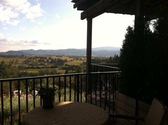 Rutherford, Kalifornia: view from the patio at Auberge