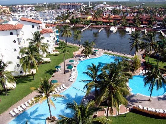 Vamar Vallarta All Inclusive Marina and Beach Resort: Marina pool.