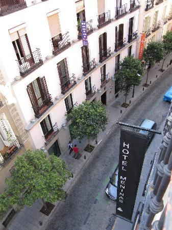Meninas Hotel: Street view from window