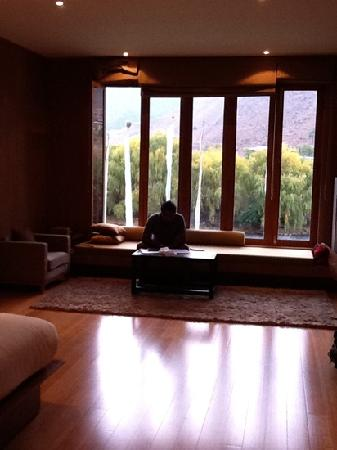 301 moved permanently for Window sitting area