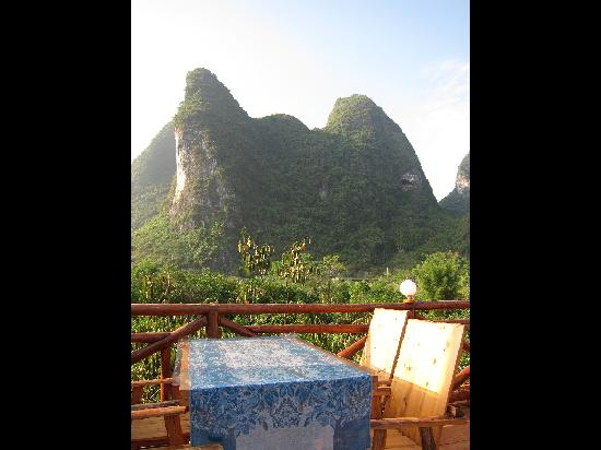Yangshuo Phoenix Pagoda Fonglou Retreat: View from the rooftop Restaurant