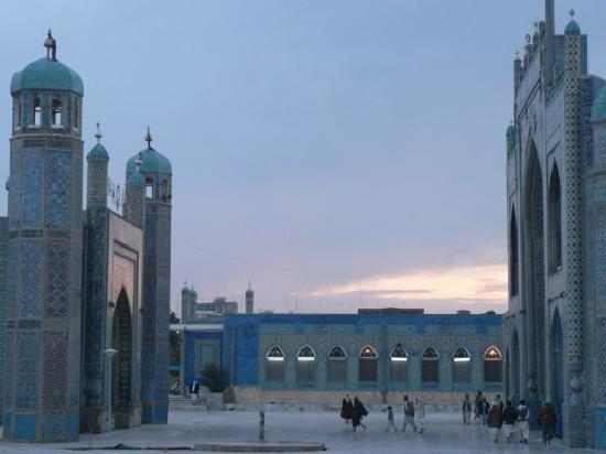 Mazar-i-Sharif, Afghanistan : Hazrat Ali shrine (Blue Mosque), Mazar-e Sharif
