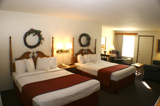 BEST WESTERN Designer Inn &amp; Suites: Double Queen Bed room