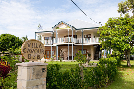 Villa Cavour Bed and Breakfast: Entrance
