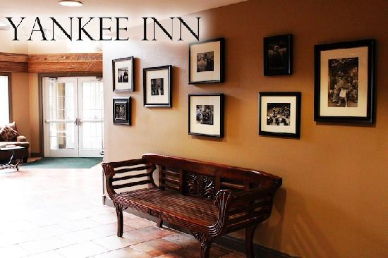 Yankee Inn Lobby