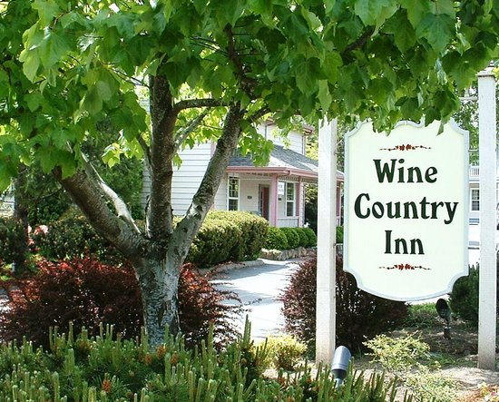 The Wine Country Inn - Country House Inns Jacksonville : The Entry to the Wine Country Inn 