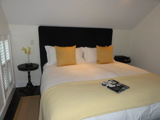 The Platinum Pebble Boutique Inn: Most comfortable bed