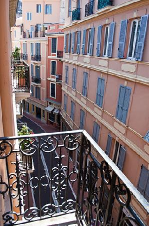 Hotel de France: The view from our balcony on the 3rd floor.