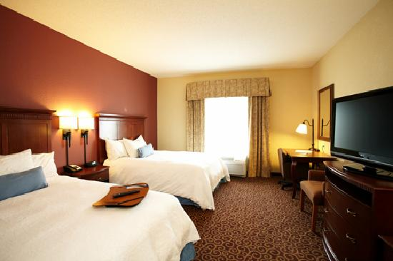Photo of Hampton Inn Fairmont